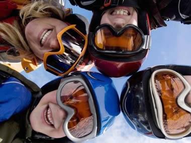 Come acquistare un casco da snowboard o sci